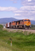 BNSF 7628 East